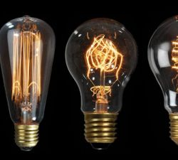 Buyers Guide to Choosing Light Bulbs