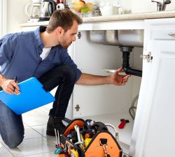 Why Should You Use a Professional Plumber?
