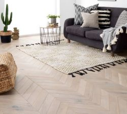 Distinctive herringbone floors for your home