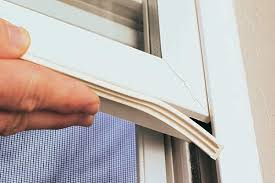 Winter-and-Summer-Weatherstripping-Tips