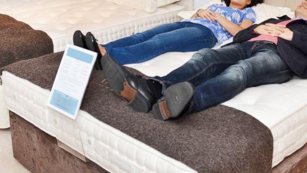gty_mattress_shopping_kb_150618_16x9_608