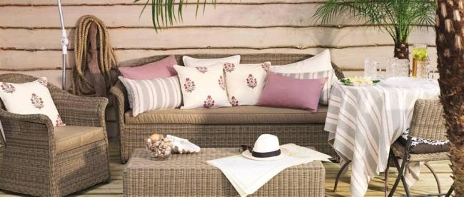 mmmp 650x276 How to Create Chic Cushion Combinations