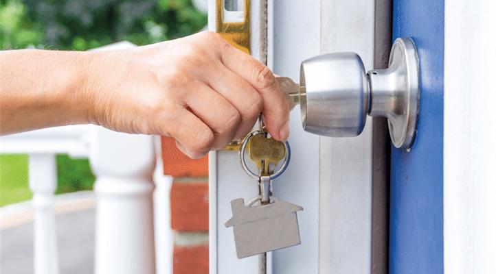 3e17-key-opening-door-web-jpg-722×400